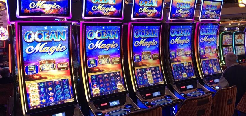 Комиссия выдаст первые лицензии на залы игровых автоматов